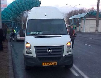 Водителя маршрутки задержали без документов: пассажиров высадили, авто на штрафстоянку