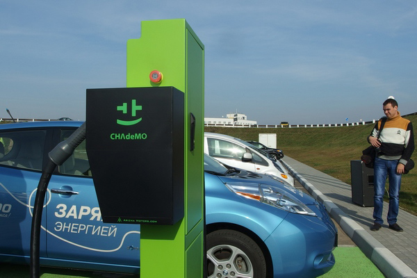 В Минске станет на одну заправку для электромобилей больше