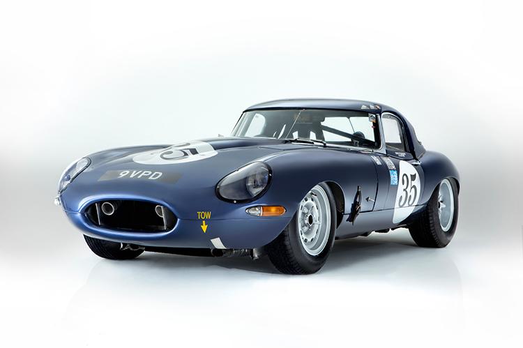 Первый гоночный Jaguar E-Type уйдет с молотка