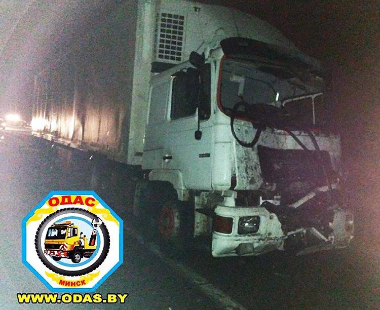 Крупная авария на М3 с участием маршрутки с пассажирами: один человек погиб, 8 пострадавших