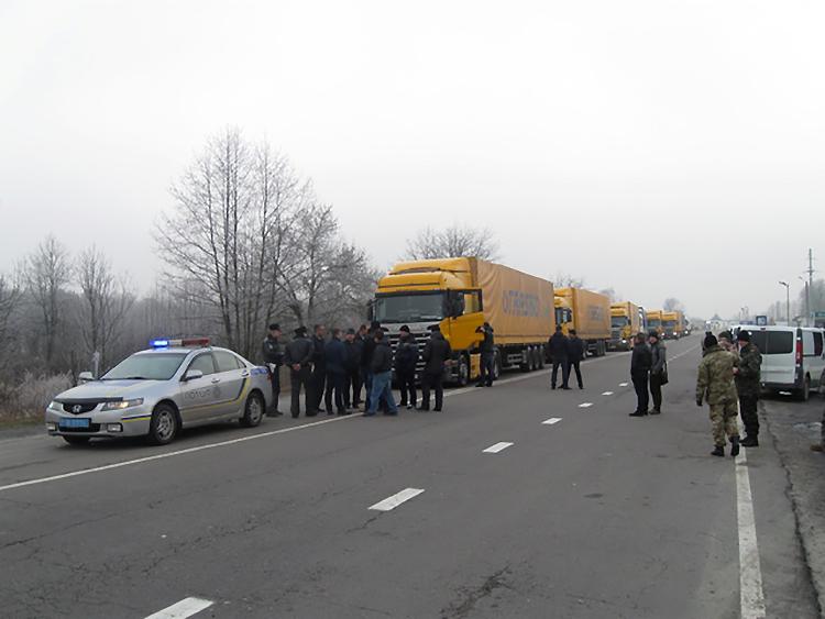 ВУкраине снова блокируют российские фуры