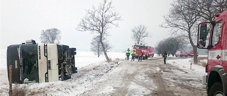 Ребенок, пострадавший в аварии с туристическим автобусом в Чехии, скончался