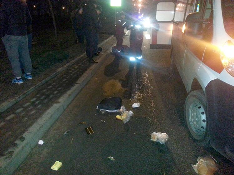 На пешеходном переходе насмерть сбили женщину
