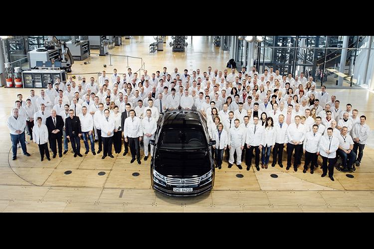 VW Phaeton ушел тихо