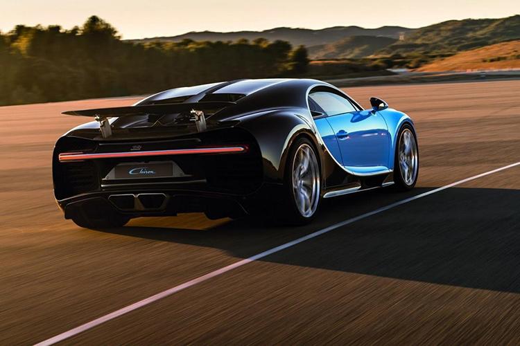 Bugatti явил миру наследника суперкара Veyron — купе Chiron