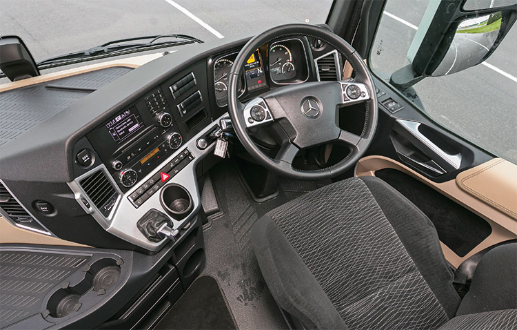 Mercedes-Benz ActrosBigSpace