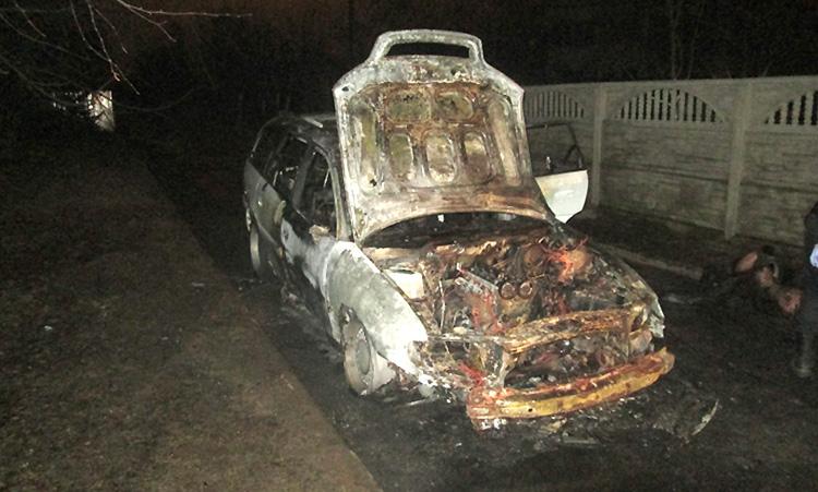 В Минском районе в обгоревшем авто найдено тело человека