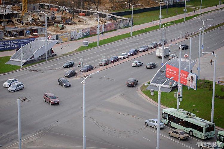 На проспекте Дзержинского запретят левый поворот на Уманскую