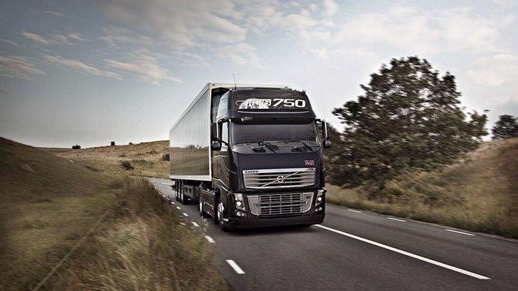 В Азербайджане освободили от дорожного налога иностранные грузовые автомобили