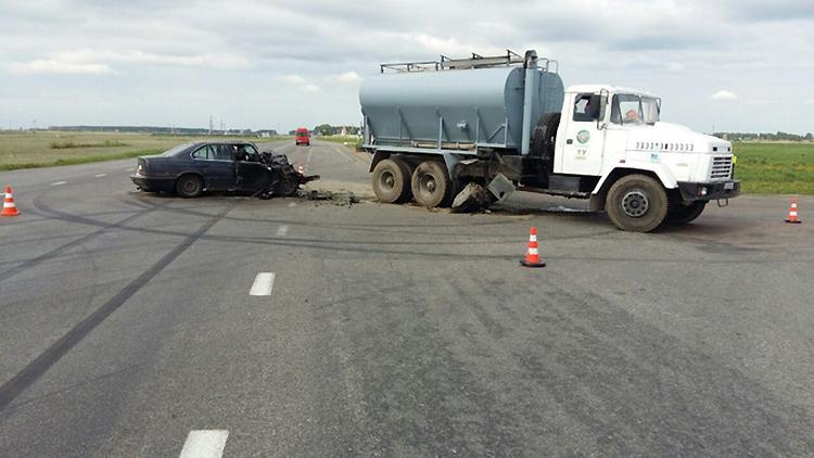 ДТП в Речицком районе – BMW врезался в КрАЗ