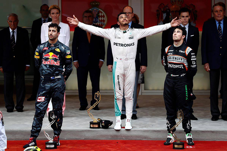 """Формула-1"". Гран-при Монако. Red Bull подарил победуХэмильтону"