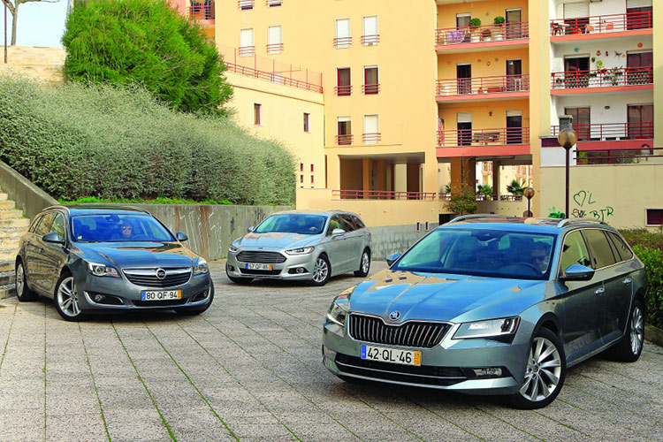 Ford Mondeo SW, Opel Insignia Sports Tourer и Skoda Superb Break: машины  для пикника