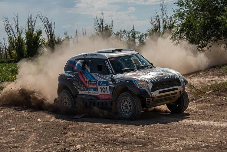 G-Energy Team сохраняет 3 место на «Шелковом пути» перед гонкой в пустыне Гоби