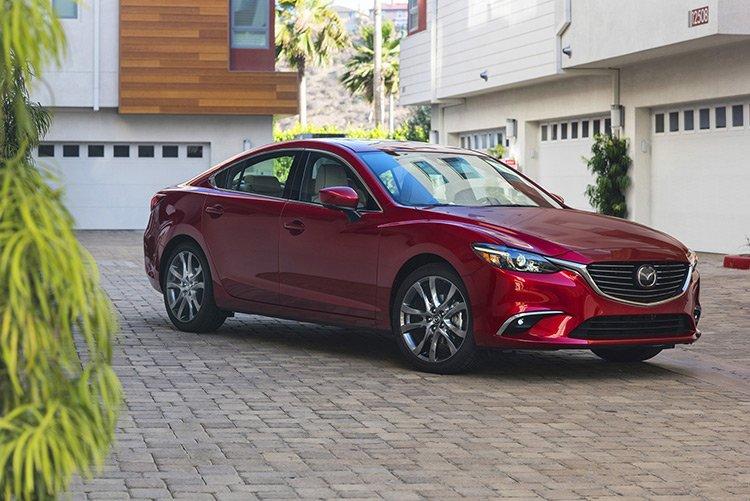 Mazda6 стала азартнее и тише