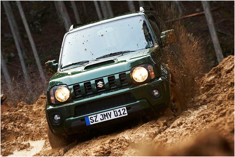 Suzuki Jimny вновь стал внедорожником года