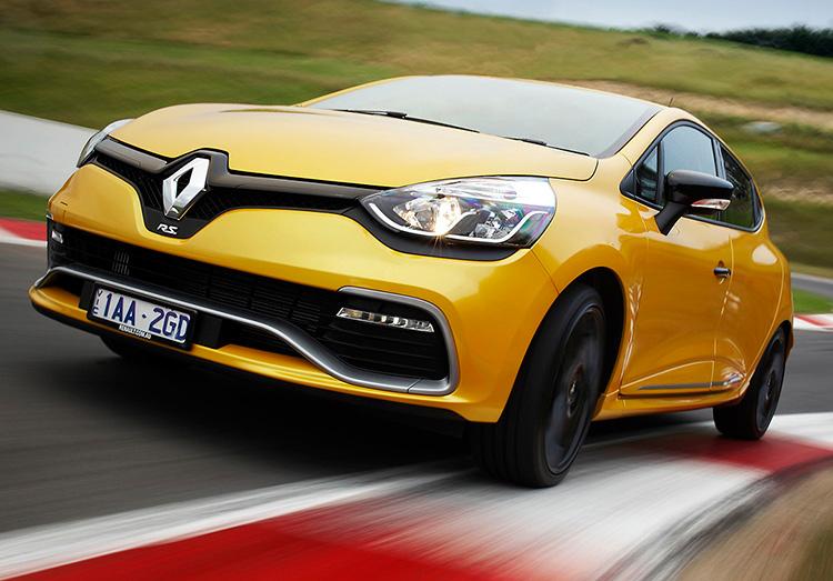 Renault стал вторым по продажам в Европе