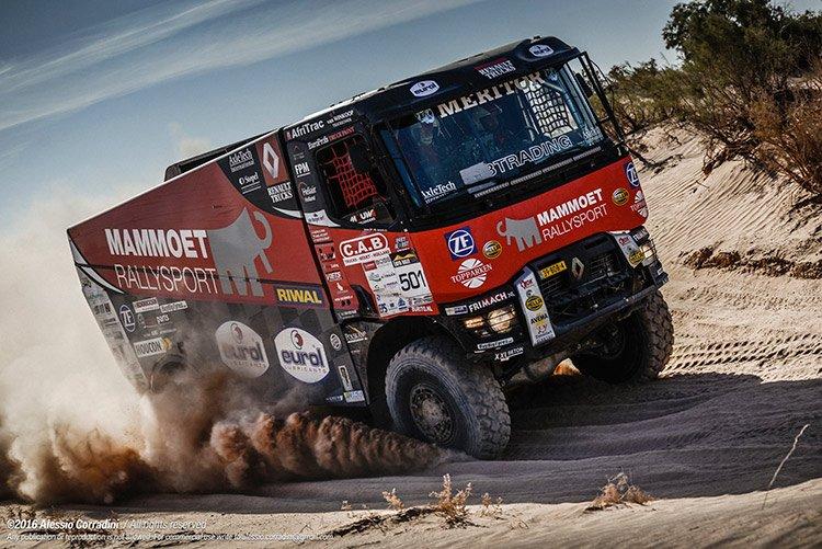 Выставка IAA 2016: выносливость и авантюризм на стенде Renault Trucks