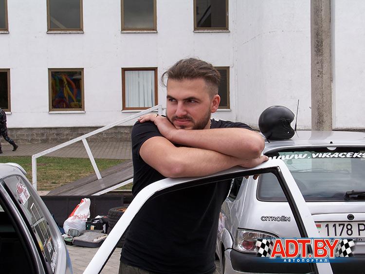 Шендюков Алексей лидирует