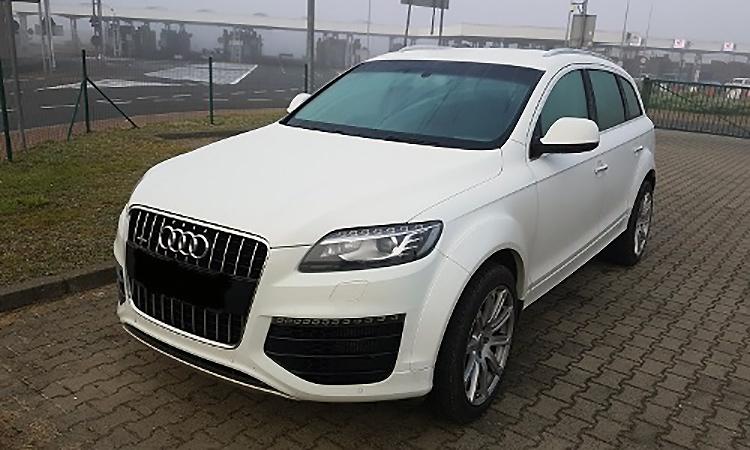 Пограничники задержали белорусов на Audi Q7, которую ищет интерпол
