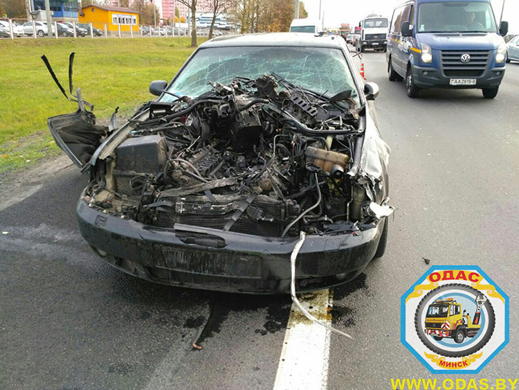 ДТП на МКАД: Audi вытолкнул в кювет Volkswagen