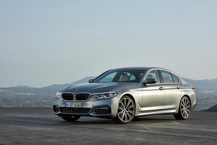 Новый BMW пятой серии стал более самостоятельным