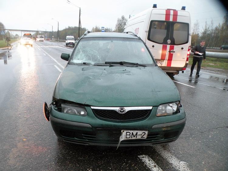 В Новополоцке Mazda сбила трех человек: 9-летняя девочка погибла