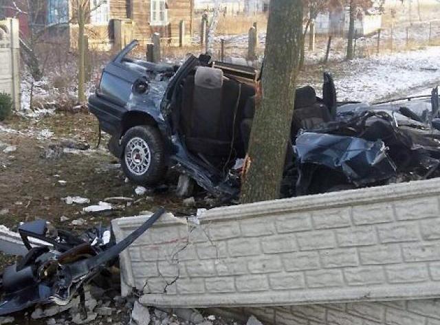 Два человека погибли в ДТП в Каменецком районе