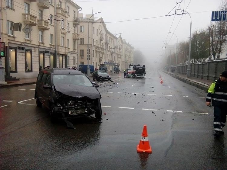 В Минске произошло ДТП с участием скорой