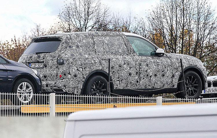 BMW X7 наматывает тестовый километраж