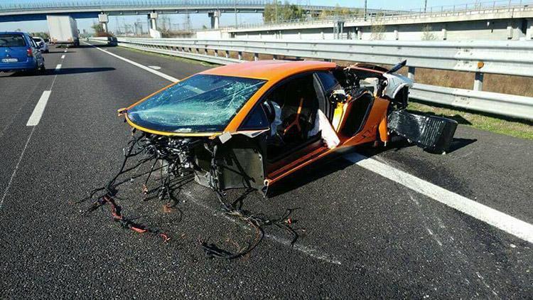 Еще одним Lamborghini Aventador стало меньше