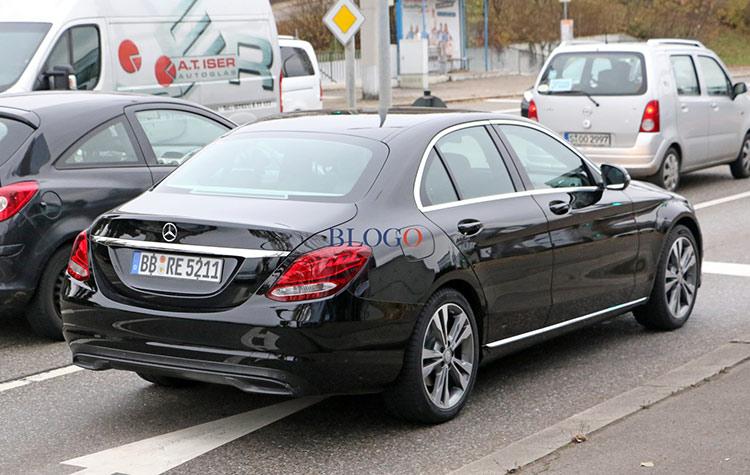 Mercedes C-класса ожидает рестайлинг