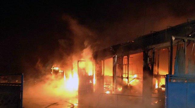 В Минске на улице Лынькова горели склады с автозапчастями