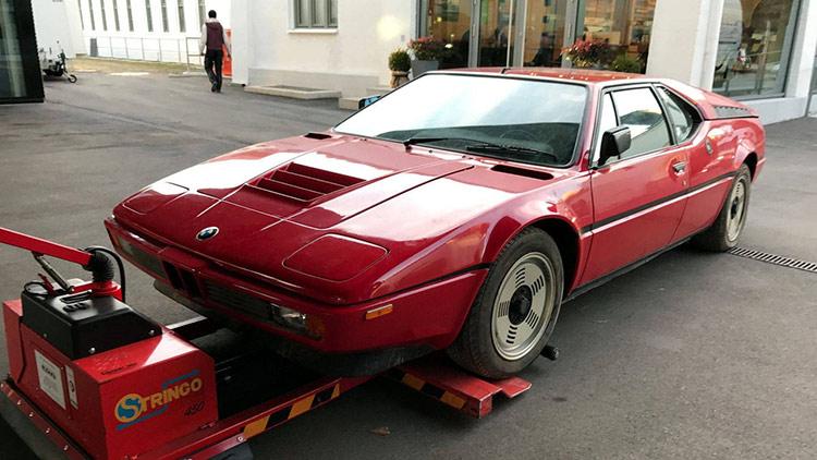 В Италии среди хлама найден редкий BMW