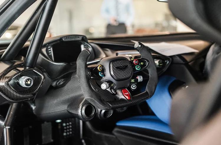 Гиперкар Aston Martin появился в открытой продаже