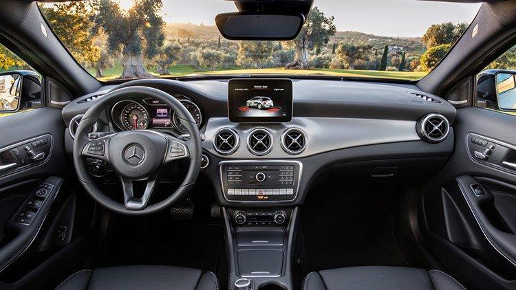 Mercedes GLA изменился в лице и обзавелся новым мотором