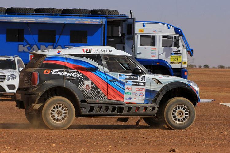 9 этап Africa Eco Race принес ещё полчаса отрыва экипажу G-Energy Team