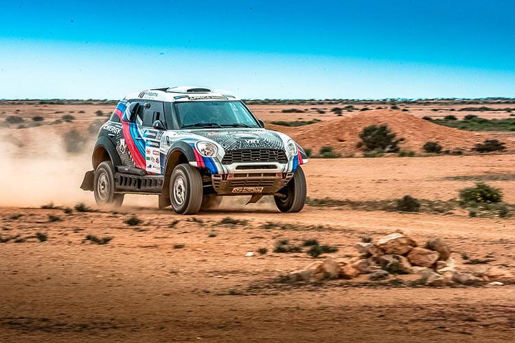 4 этап Africa Eco Race: три пробитых колесаG-Energy Team