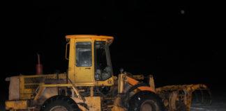 В Гродненской области погрузчик наехал на выпавшего из кабины пассажира