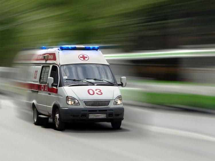 Водитель не пропустила скорую, пациент погиб