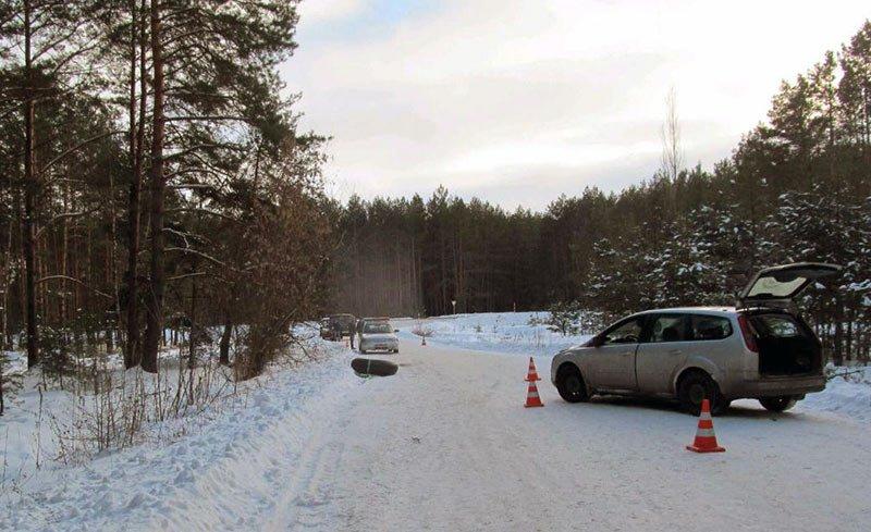 Белорус на Ford прокатил подростков на камере от колеса: один погиб, второй в реанимации