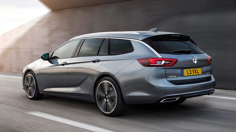Opel Insignia облекся в универсальный кузов