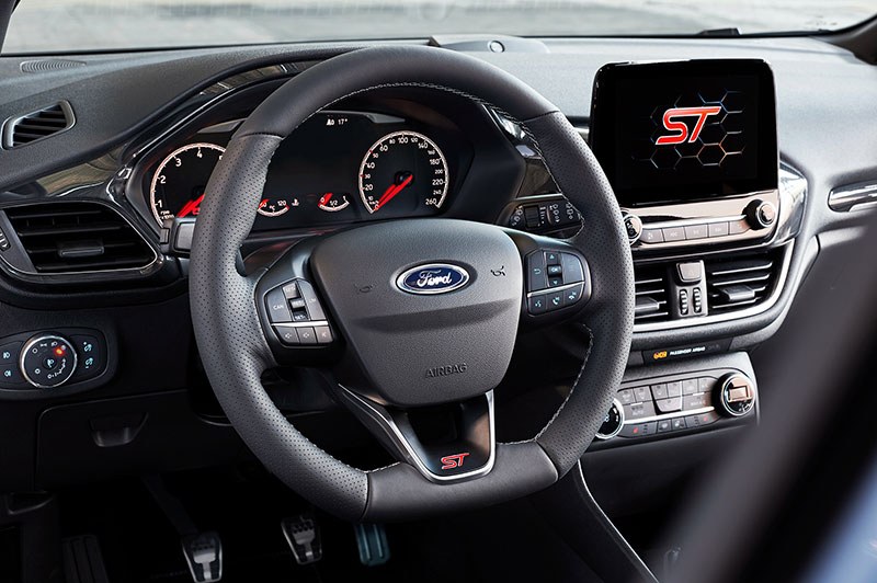 Новый Ford Fiesta ST способен ездить на двух цилиндрах