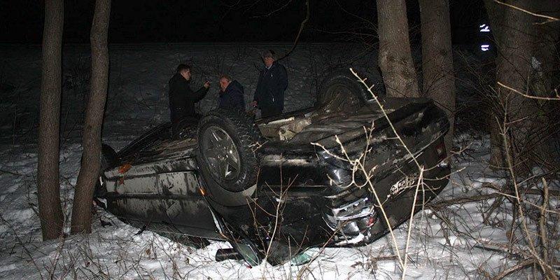В Речице BMW перелетел через отбойник моста и скатился в кювет