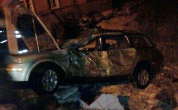В Калинковичах молодой водитель на Volkswagen въехал в столб и погиб
