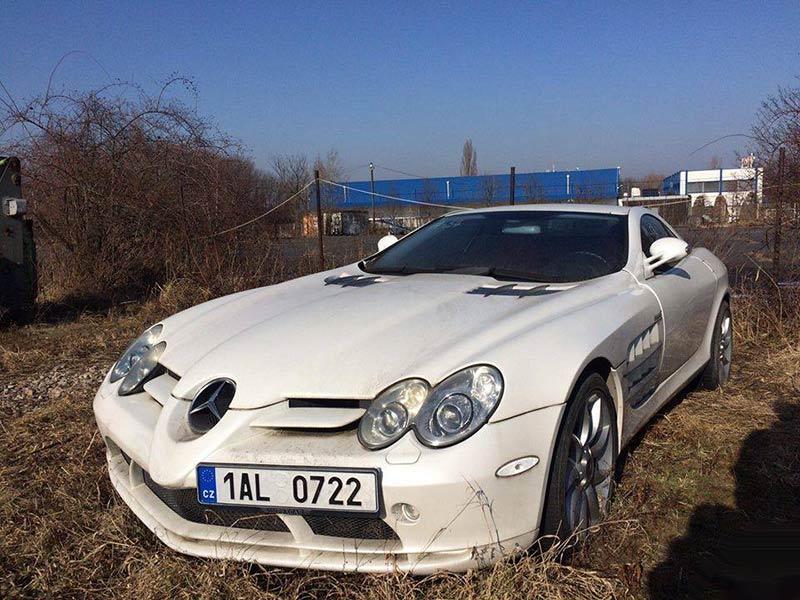 Чехи бросили на произвол судьбы Mercedes-Benz SLR McLaren