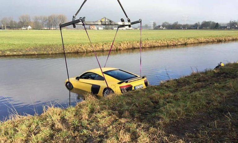 Голландцы выловили из реки Audi R8