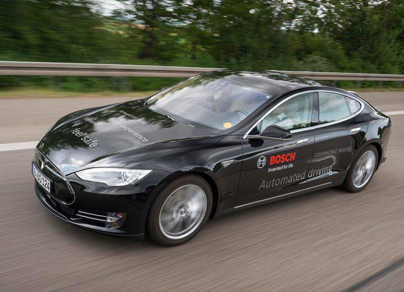 Bosch учит автомобили действовать по ситуации