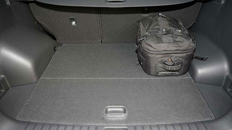 Сравнительный тест: Hyundai Tucson против Peugeot 3008.