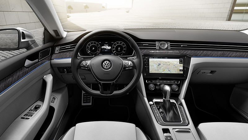 Volkswagen скрестил Passat c Audi A7