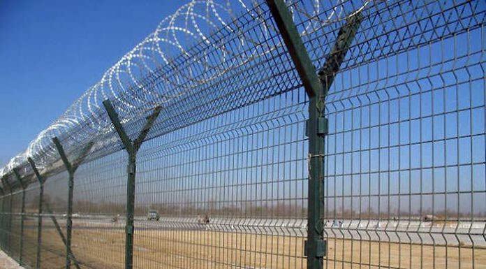 Латвия построит на границе с Беларусью двухметровый забор